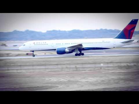 Delta Airlines 757-200 Taking Off Nashville International Airport