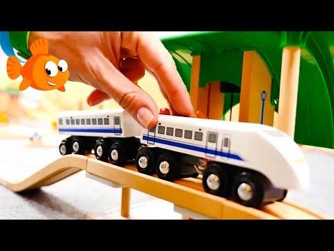 Choo-Choo TRAIN COMPILATION! - Children's Animation Toys Videos For Kids BRIO Mega Toys!