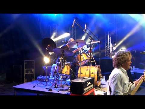 """SAGA - vlog with Jim Gilmour """"It"""