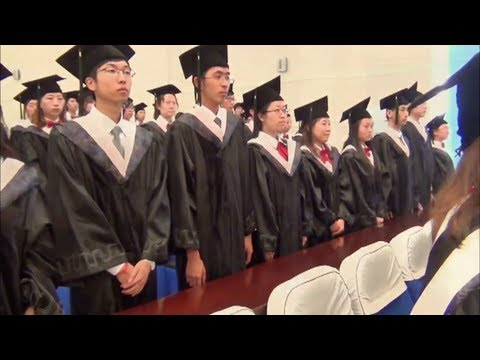 16x9 - Dubious Degree: Worthless diplomas for Chinese students?
