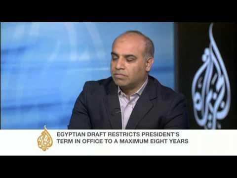 Discussing Egypt's constitutional crisis