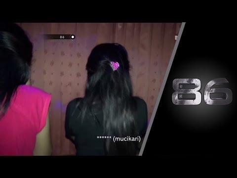 Detik-detik Penggrebekan Prostitusi Online - 86
