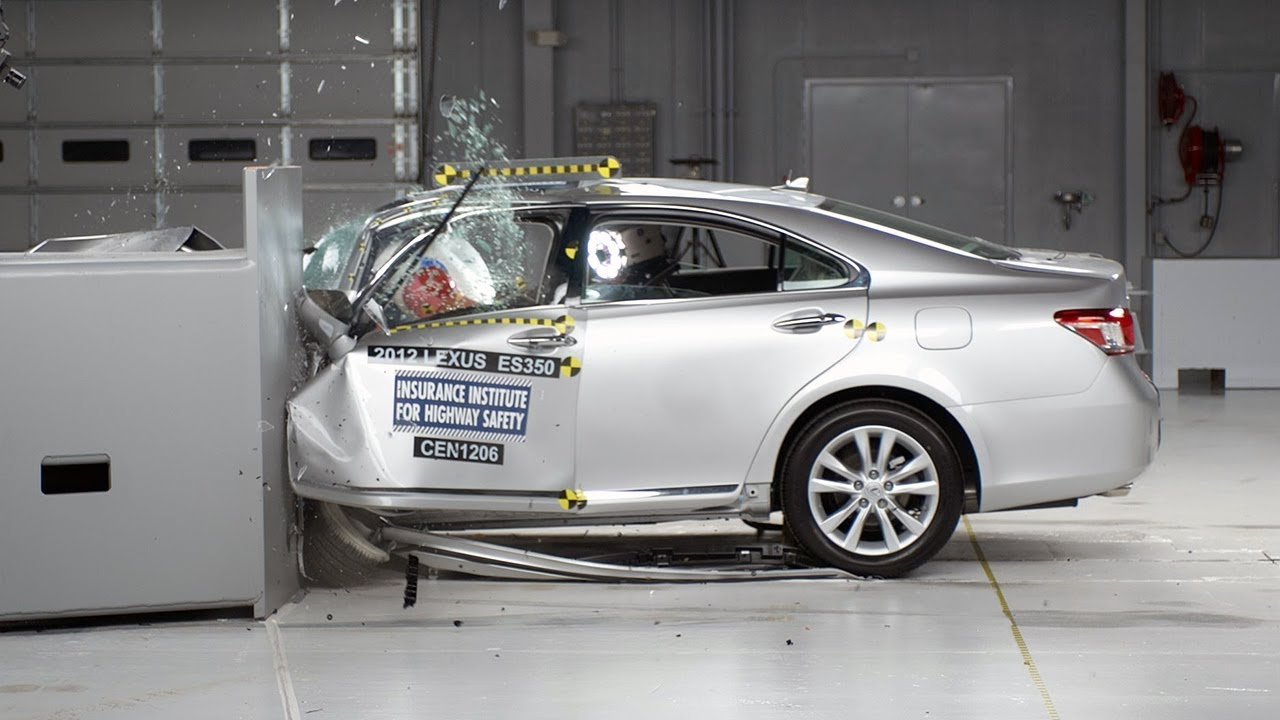 Exceptional 2012 Lexus ES 350 Driver Side Small Overlap IIHS Crash Test