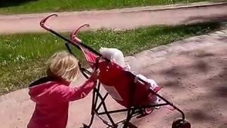 Смотреть видео Куда сходить в Москве летом с детьми. Царицыно. онлайн