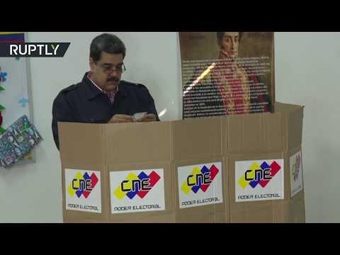 مادورو يدلي بصوته في الانتخابات البلدية بفنزويلا  - نشر قبل 46 دقيقة