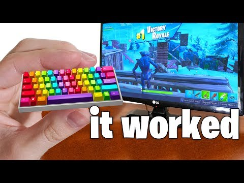 I Tried the World's SMALLEST Keyboard and WON - Fortnite