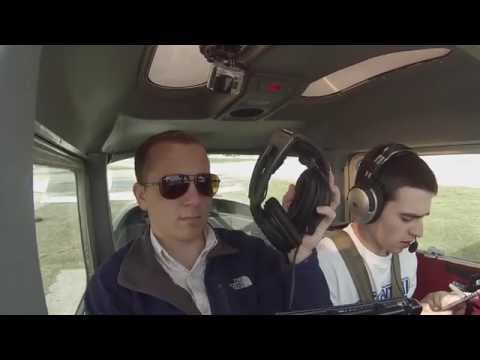 CESSNA 152: TAKE OFF-STEEP TURNS-CLASS D-LANDINGS