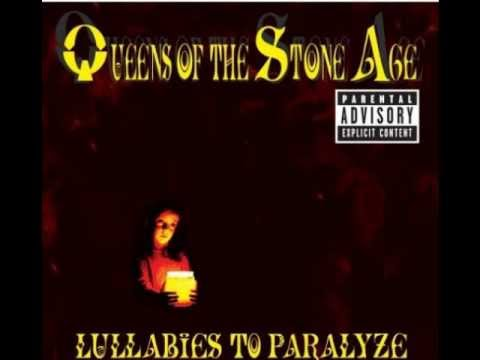 Клип Queens of the Stone Age - This Lullaby