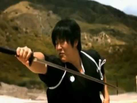 Kılıcıyla mermiyi ikiye böldü... (Isao Machii)
