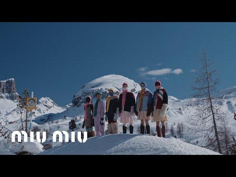 Miu Miu Fall/Winter 2021 Fashion Show: Brave Hearts
