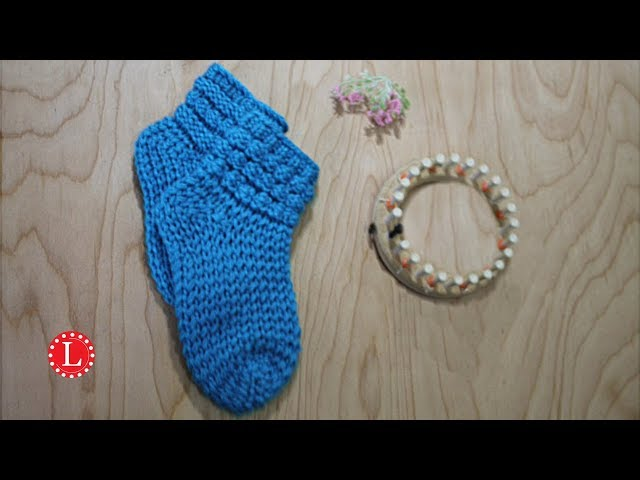 Loom Knitting Socks With Bubbles On A 24 Peg Round Knitting Loom