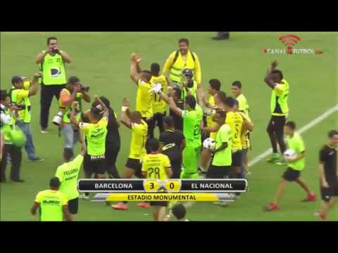 Celebración de jugadores e hinchada de Barcelona