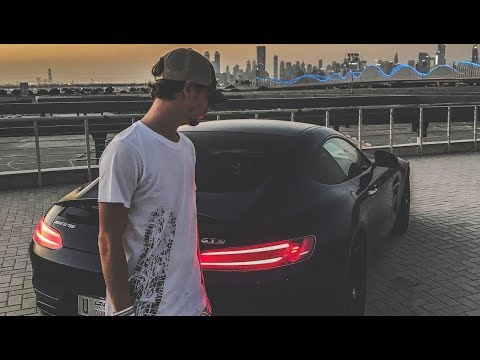 The Dubai Lifestyle - Supercars, Yachts...