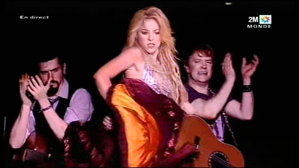 Shakira dancing / Live in Morocco 2011