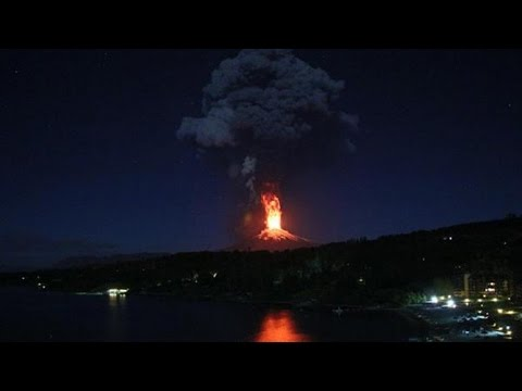 Villarrica Volcano Erupts In Chile, Thousands Evacuated from Pucon