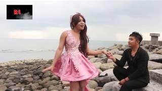 Video Heboh Lucu, Lipsing Serius Wig Waria Lepas Tak Mandheng Omor by Model Abner Keyano Feat Waita Sagita download MP3, 3GP, MP4, WEBM, AVI, FLV Juni 2018