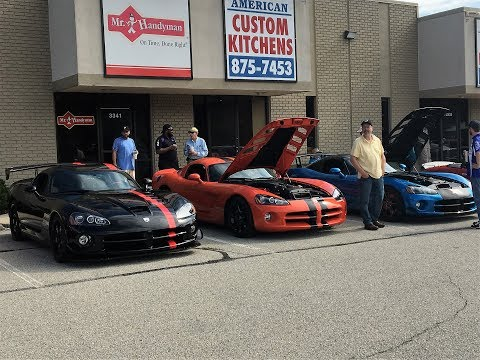 How many VIPER ACRS?!?! Indy Cars and coffee