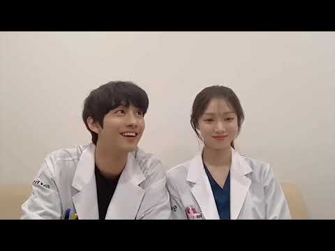 Lee Sung Kyung & Ahn Hyo Seop Singing Romantic Doctor Teacher Kim 2 OST (Your Day By Gummy)