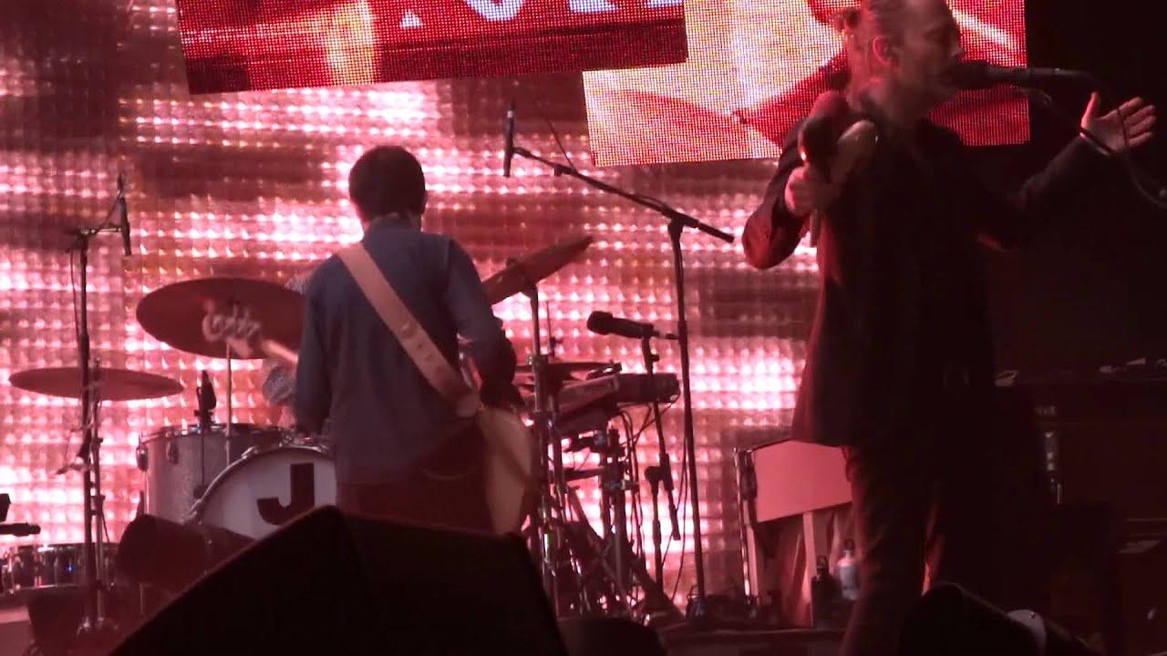 Radiohead Lotus Flower Hd Live In Paris 2012 1 Youtube