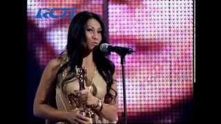 Anggun - Best International Artist Award - AMI 2006