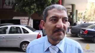 تعليق المصريين على إصطحاب السيسي لوفد الفنانين لألمانيا