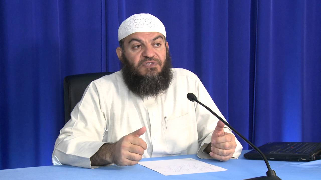 Can Muslims study non-Muslim books to become school teachers? - Q&A - Sh. Dr. Haitham al-Haddad