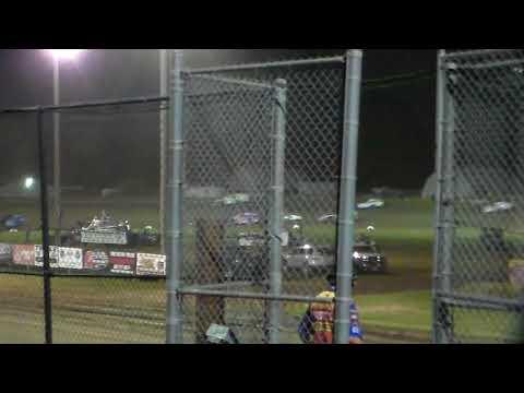 Modified Heat 6 Round 1 @ Marshalltown Speedway 09/15/17