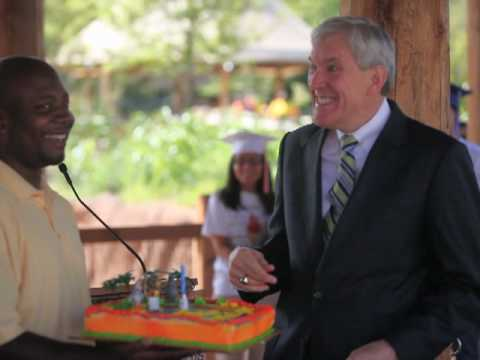 """Happy Birthday"" to Mayor Tom Leppert at the Dallas Zoo"
