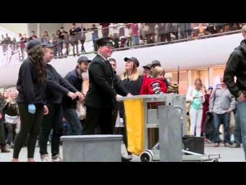 King's Cross Flashmob #BoundForGlory2013