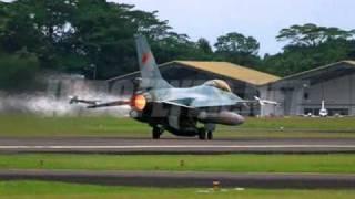 Perang Indonesia Vs Malaysia.wmv