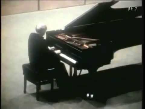 Sviatoslav Richter plays Beethoven sonates 7,9,12