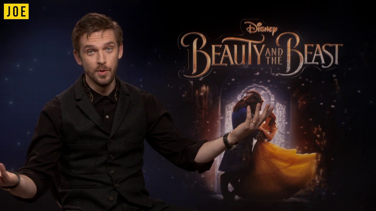 Dan Stevens On His Evil Disney Laugh Scaring Horses Stilts Making The Guest 2