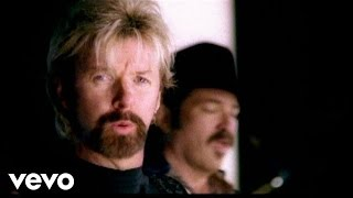 Brooks & Dunn – You Can't Take The Honky Tonk Out Of The Girl Video Thumbnail