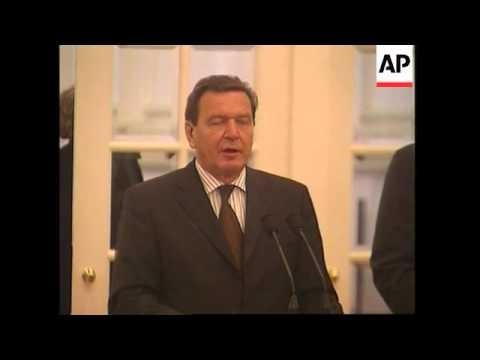 German Chancellor meets Singapore PM, comments