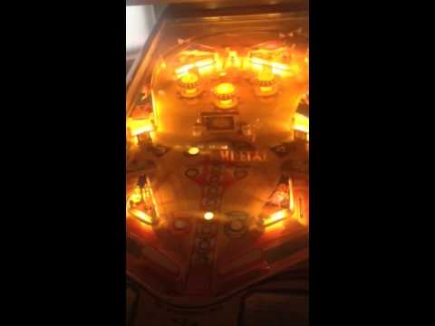 Hi-Flyer pinball machine by Chicago Coin