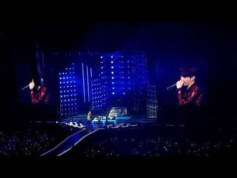 17 Suga - Seesaw (BTS Love Yourself Tour - Live @ Ziggo Dome - Amsterdam 181013)