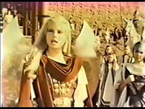 Battle of the AMAZONS (1973) - YouTube