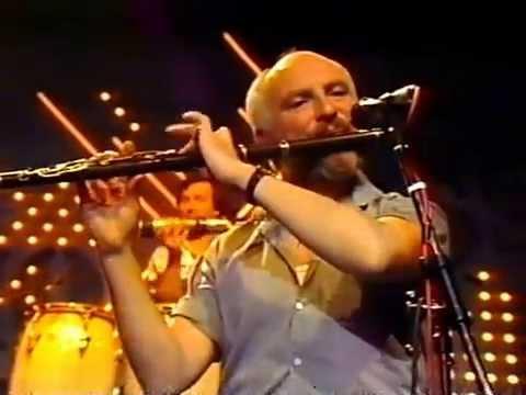 Irish flute :Matt Molloy plays a slow air and reels