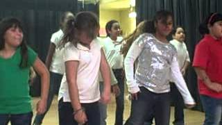 Carol of the Bells Remix - Ventura Elementary Tiger Tails - Gaylord Palms Resort ICE! Christmas