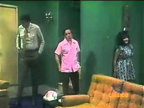 1x04 - El Chavo - Chespirito: El metichito / El Chavo: El sarampión - 1973 (1/3)