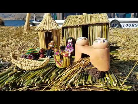 Visiting the Islands of Uros in Lake Titicaca Perú #13