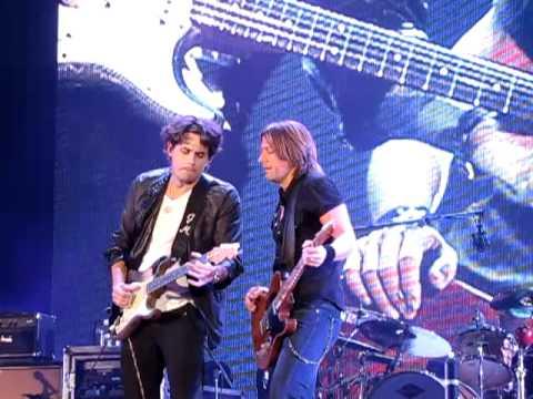 Keith Urban & John Mayer - Jamming (Telecaster Vs Stratocaster)