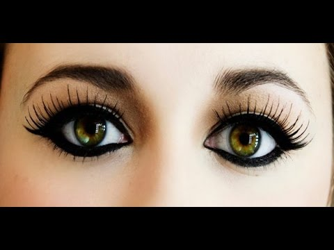 how to apply eyeliner  simple makeup tips  youtube