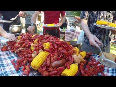Pacific Northwest Crawdad Boil