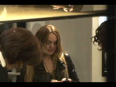 Lindsay Lohan Shopping At Chanel Rodeo Dr Beverly Hills - Pa