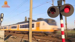 DUTCH RAILROAD CROSSING - Woudenberg - Laagerfseweg