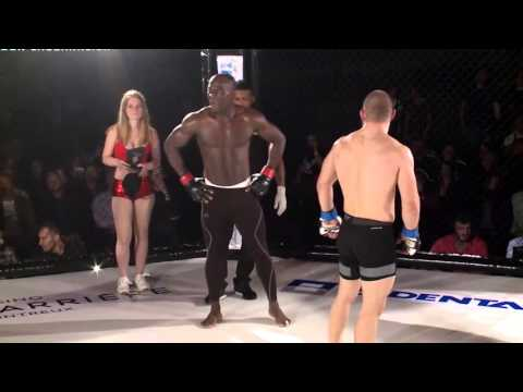 French MMA fans boo muslim after he shouts allahu akbar after octogan win