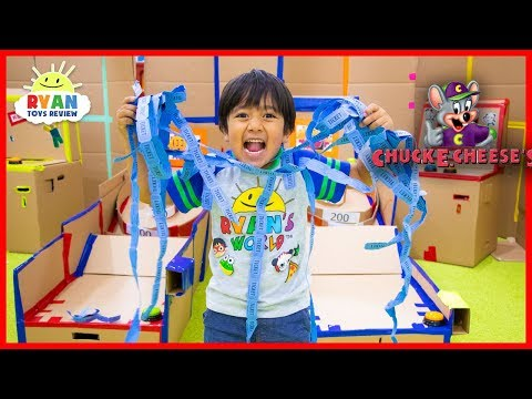 Chuck E Cheese Box Fort Arcade Games with Ryan ToysReview!!! thumbnail