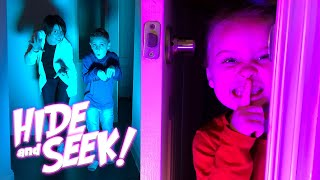 New Years Eve 2019: HIDE and SEEK in the Dark for Kids | KIDCITY