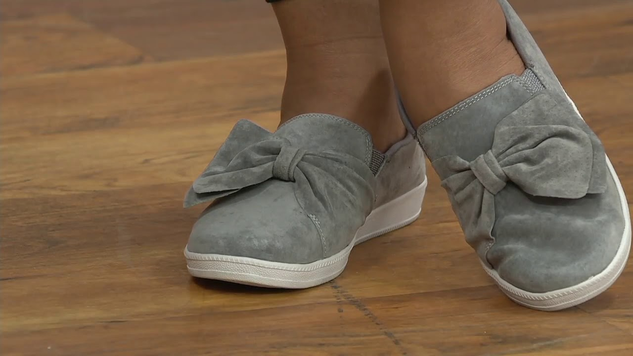 Skechers Suede Bow Slip On Shoes